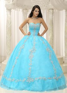 Aqua Blue Sweetheart Beaded 2013 Quinceanera Dress with Appliques Decorated