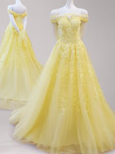 Off the Shoulder Yellow Cap Sleeves Beading and Appliques Lace Up Homecoming Dress
