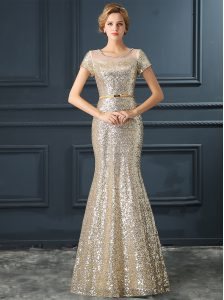 Eye-catching Mermaid Silver Scoop Zipper Sequins and Belt Prom Evening Gown Short Sleeves