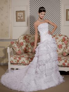Strapless Court Train Organza and Lace Wedding Dresses with Layered Ruffles
