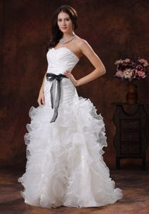 Sweetheart Brush Train Ruched Wedding Dresses with Ruffles and Black Sash
