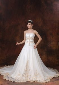 Stylish Strapless Prom Wedding Dresses in Organza and with Embroidery