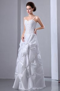 Sweet Spaghetti Straps Long Wedding Dresses with Beading
