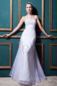 Inexpensive Sweetheart Long Tulle Wedding Dresses with Beading