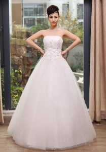 Strapless Long Tulle Wedding Dresses with Beading and Appliques