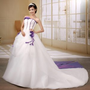 Princess Strapless Court Train Affordable White Wedding Dress in Organza