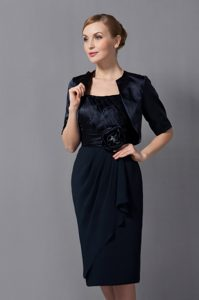 Low Price Strapless Knee-length Wedding Guest Dress in Black