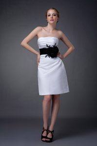 Affordable White Strapless Mini Wedding Guest Dresses