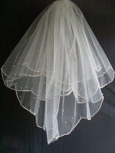 Little Pearl Decorate Tulle Wedding Veil