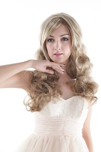 Long Blonde Synthetic Wavy Hair Wig