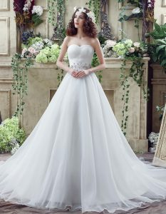 Romantic White Organza Lace Up Wedding Gown Sleeveless Court Train Beading