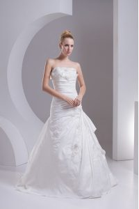 White Side Zipper Wedding Gowns Hand Made Flower Sleeveless Brush Train