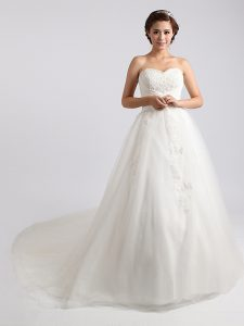 Inexpensive White Lace Up Sweetheart Beading and Appliques Wedding Dress Tulle Sleeveless Court Train