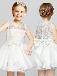 Scoop White Clasp Handle Toddler Flower Girl Dress Lace and Bowknot Sleeveless Mini Length