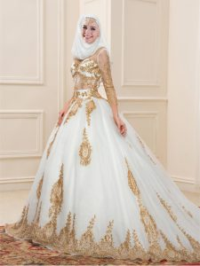 White 3 4 Length Sleeve Sweep Train Appliques Ball Gown Prom Dress