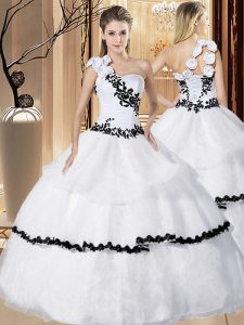 Suitable White Sweet 16 Dress Military Ball and Sweet 16 and Quinceanera and For with Appliques and Hand Made Flower One